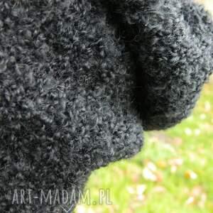 czapki dziergana alpaca boucle efektowna zimowa