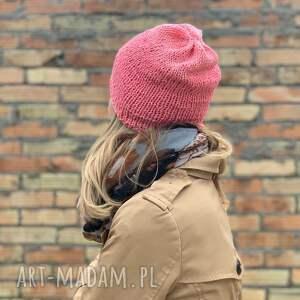 czapki: bezszwowa bawełniana czapka - koralowa