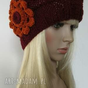 niekonwencjonalne czapki czapka bordowa czapeczka z pomarańczowym