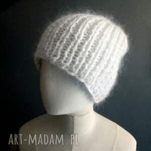 efektowne czapki ciepła czapka