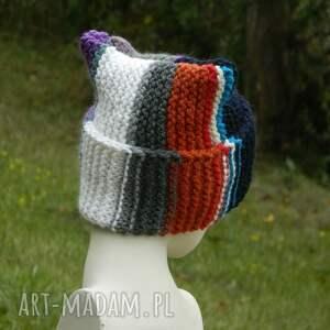 efektowne czapki czapa rogata alpaca wywijana