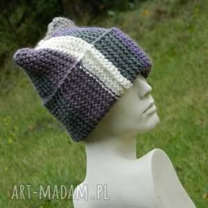 czapki wywijana czapa rogata alpaca