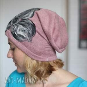 niepowtarzalne czapki wełna czapka brudny róż wełniana handmade