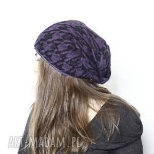 ciekawe czapki czapka damska fioletowa we wzory