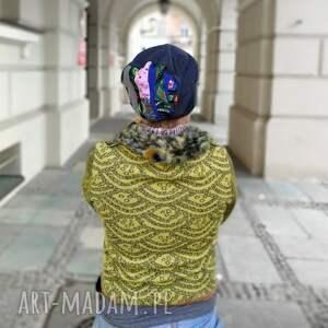modne czapki czapka damska dzianina patchwork