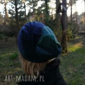 czapki: czapka damska w kratkę niebiesko - zielona mala wiosenna dziewczęca