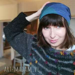 dresowa czapka dzianina kratka niebieska