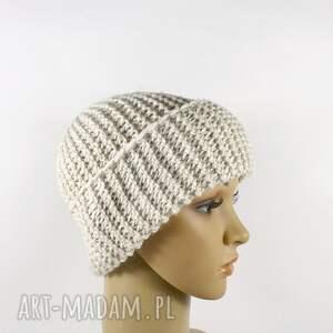 czapki ręcznie robiona czapka ecru krasnal unisex