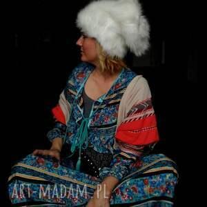 intrygujące czapki czapka futrzana zimowa ciepła