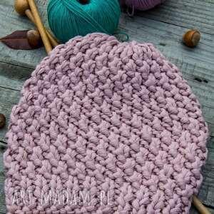 nietypowe czapki czapka handmade jasnoróżowa