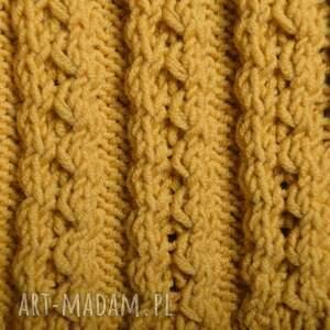 czapka czapki żółte ręcznie wykonana w kolorze musztardowym