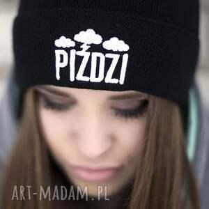 hand-made czapki haft czapka piździ