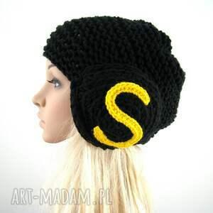 czarne czapki czapka s jak sukces :)