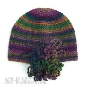 fioletowe czapki czapka we fioletach i zieleniach