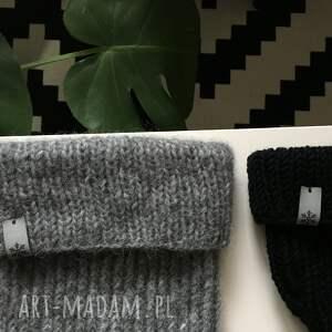 szare czapki czapka wełniana na drutach zimowa