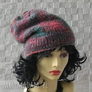 czapka czapki kolorowe wykonana ręcznie. beanie