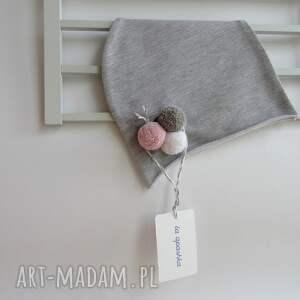 ręcznie zrobione czapki pompon czapka z pomponami dla dziecka