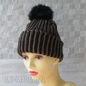 na drutach czapki czapka zimowa z pomponem