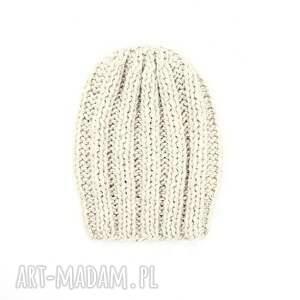 niekonwencjonalne czapki czapka grubaśna ecru robiona