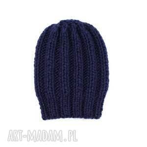 ręcznie wykonane czapki czapka grubaśna granatowa robiona
