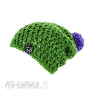 czapki: kolorowa czapka