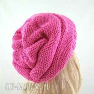 intrygujące czapki czapka jaskraworóżowa:) czapa
