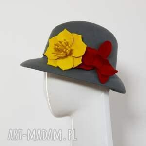 kapelusz czapki czerwone flower