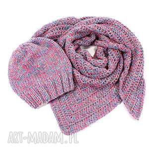 czapka czapki turkusowe kolorowa z wełną zrobiona