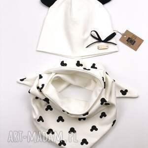 białe czapki komplet mouse czapka i chustka