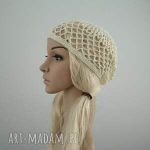 czapki beret kremowa ażurowa czapeczka - siatka