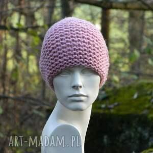 czapki ciepła pastel pink - na prawo * czapa