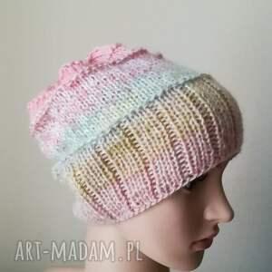 czapka pastelowa impresja