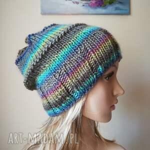 handmade czapki rękodzieło pastelowe szaleństwo czapka