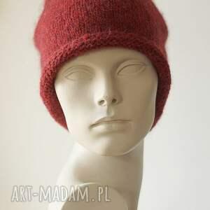 czapki beret rubinowa czarwień