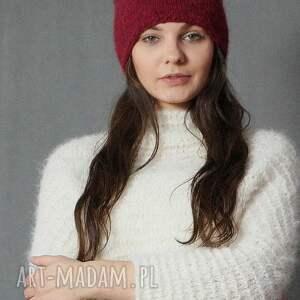 czapki czapka rubinowa czarwień