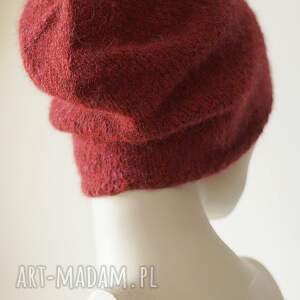 beret czapki rubinowa czarwień