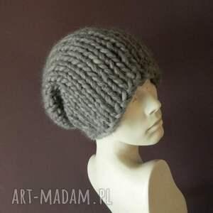 czarne czapki wełna syberianka 100% wool ciepła