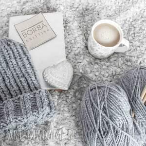 minimalizm czapki szara czapka handmade