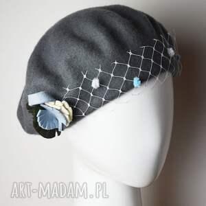 czapki szary beret