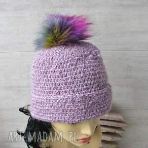 czapki: czapka z-pomponem