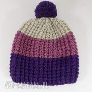 różowe czapki akryl trójkolorowa czapka z pomponem