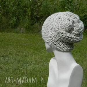 przaśna czapki beżowe tweed ecru - na prawo * czapa