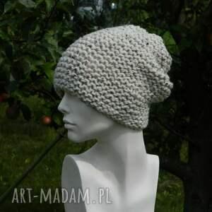 nakrapiana czapki kolorowe tweed ecru - na prawo * czapa