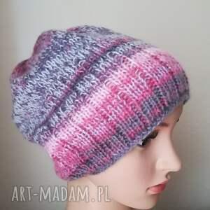 czapka czapki różowe włóczkowa impresja 1