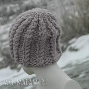 pudrowa czapki 100% wool grubaśny ścieg piękny