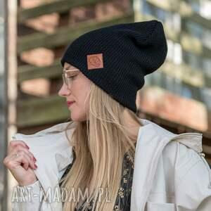 czapka jesienna czapki wywijana dwustronna logo