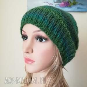 hand made czapki rękodzieło zielenie czapka