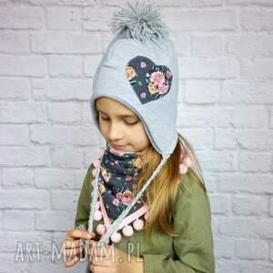 nietypowe czapki czapka zimowa pilotka z trójkątem;