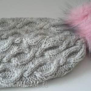czapki zima zimowa czapka z dużym pomponem