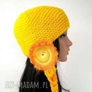 urokliwe czapka żółta z nausznikami